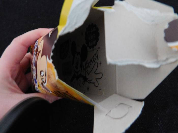 In der Verpackung ist ebenfalls ein Disney-Motiv