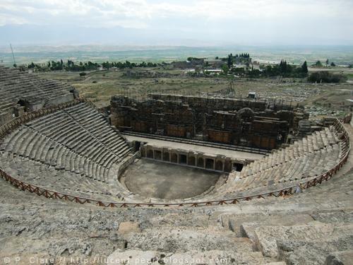 Das Colosseum in seiner ganzen Pracht